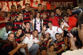 Fotos: Flamengo pentacampeão estadual de basquete
