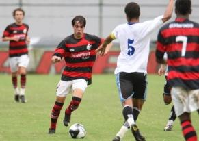 Fla sofre mais um empate no fim no Brasileiro Sub-20