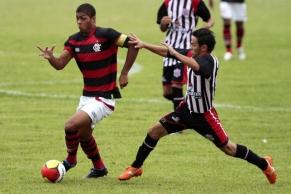 Flamengo tropeça dentro de casa contra o Americano