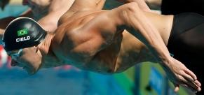 Cesar Cielo supera alemão e conquista o ouro nos 100m livre