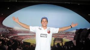 Flamengo renova com Cesar Cielo
