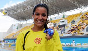 Joanna Maranhão quebra recorde de campeonato e conquista índice para Londres