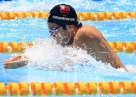 Henrique Barbosa assegura duas medalhas na Copa do Mundo de Natação