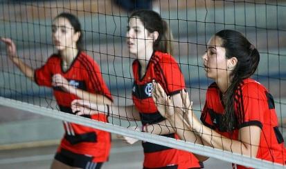 Flamengo realiza peneira de vôlei
