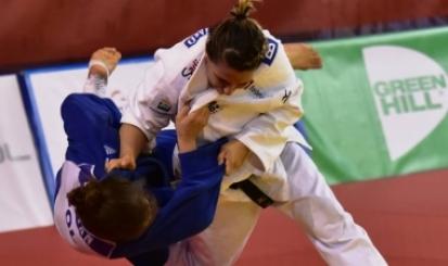 Bárbara Timo disputa medalha de bronze em Praga