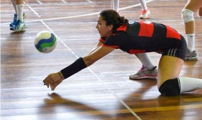 Feminino vence duas seguidas na Copa Rio Adulto de vôlei