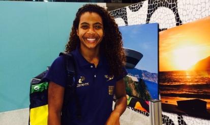 Lorena Borges chega à Rússia com Seleção Brasileira