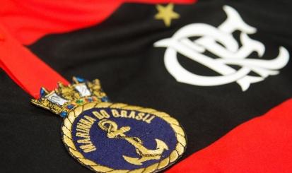 Flamengo estreia no futebol feminino com goleada