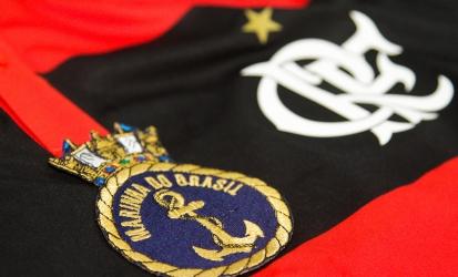 Flamengo vence Barcelona no futebol feminino