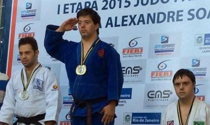 Breno Viola conquista ouro na 1ª etapa do Judô Para Todos