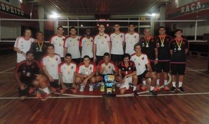 Equipe juvenil masculina é tetracampeã carioca de voleibol