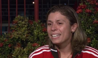 """Treinadora mira Carioca e quer """"defender cores do clube com alegria"""""""