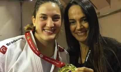 Atletas treinadas por Rosicleia voltam com ouro e bronzes de Paris