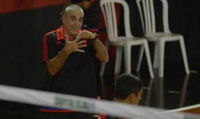 Com técnico rubro-negro, Seleção juvenil masculina de vôlei do Rio de Janeiro é campeã brasileira