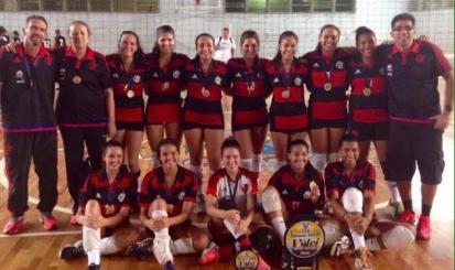 Flamengo conquista mais um Torneio Início de vôlei