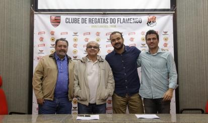 Flamengo e AmBev renovam parceria por dois anos