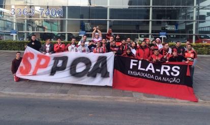 Torcidas se unem por amor ao futebol e promovem solidariedade