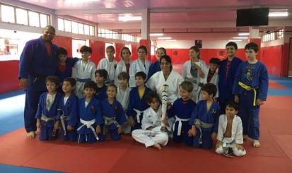 Rosicléia Campos visita a Escola de Esportes Sempre Flamengo
