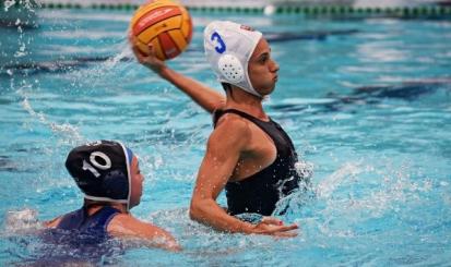Flamengo e Estácio proporcionam graduação a atleta do polo aquático