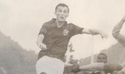 Flamengo faz doação de Manto e vídeos para Fundação de Albert Flórián