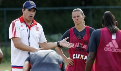 Ricardo Abrantes analisa preparação do Flamengo/Marinha e Brasileirão Feminino