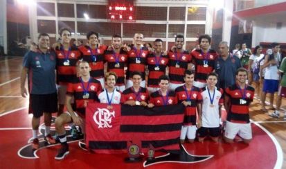 Flamengo vence mais uma vez Torneio Início de vôlei