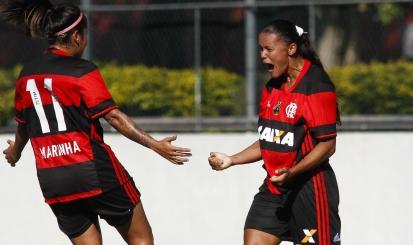 Flamengo/Marinha marca três gols e derrota Ponte Preta em casa