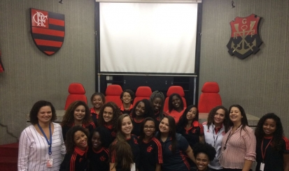Primeira turma do Projeto Jovem Aprendiz da história do Flamengo recebe diploma na Gávea