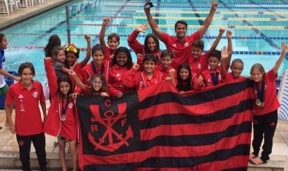 Infantil, Mirim e Petiz se destacam em competições de natação