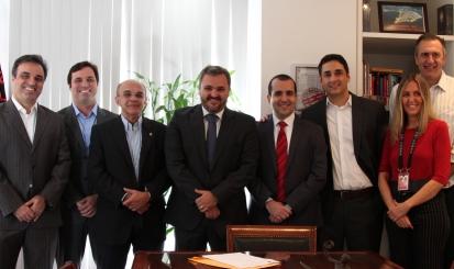 Flamengo firma parceria com o Instituto de Oftalmologia do Rio de Janeiro para o CUIDAR
