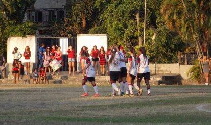 Flamengo/Marinha goleia América e estreia bem no Carioca Feminino
