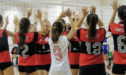 Vôlei rubro-negro joga final do Campeonato Brasileiro Interclubes em clássico nas Laranjeiras