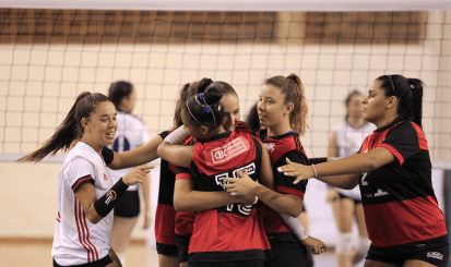 Flamengo joga as quartas-de-final do Campeonato Brasileiro Interclubes de Vôlei