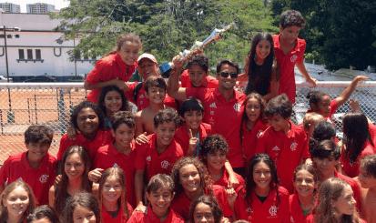 Flamengo é campeão do Torneio Estadual de Natação com quebra de recordes