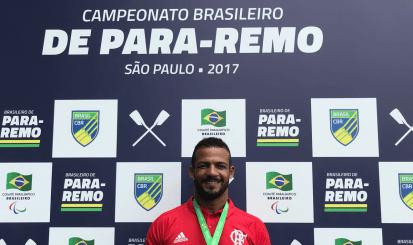 Michel Pessanha conquista o bicampeonato brasileiro de Para-Remo