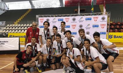 Flamengo é bronze no Campeonato Brasileiro Interclubes de Vôlei