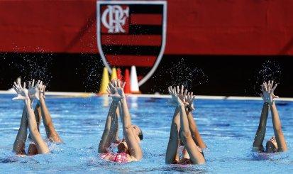 Atletas do Nado Artístico do Flamengo disputam seletiva nacional