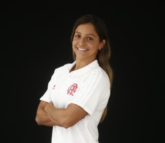 Daiene Marçal comenta adaptação no Flamengo