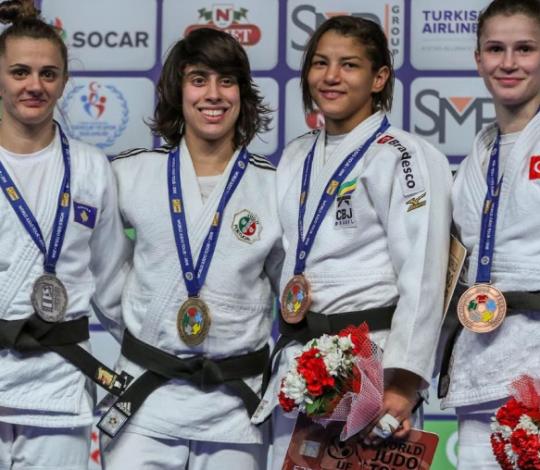Sarah Menezes conquista o bronze novamente no Grand Prix de Antália