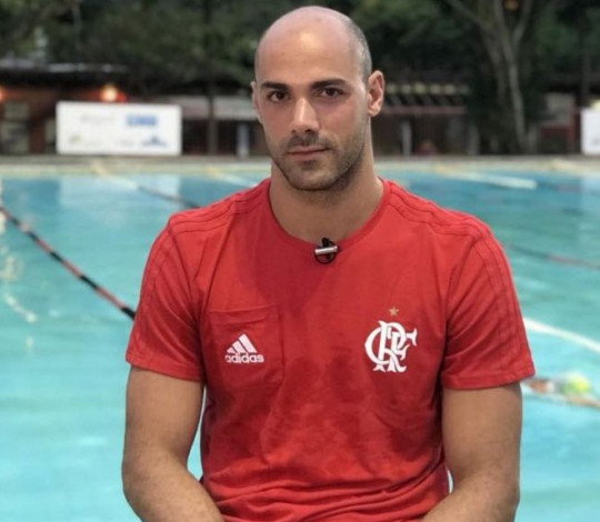 Com reforços nacionais e internacionais, Flamengo disputa Troféu Maria Lenk