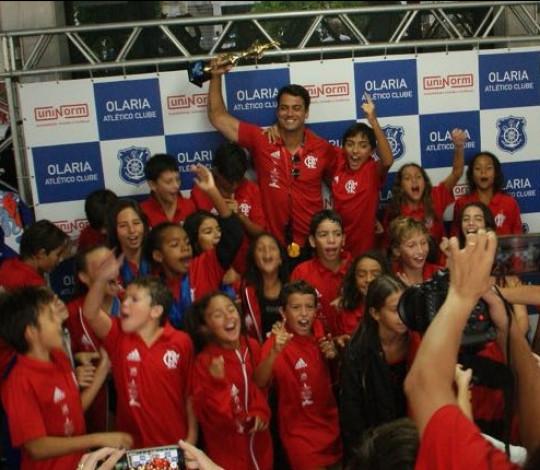 Flamengo é campeão do XXX Troféu Prof. Ruy Essucy de Natação Petiz
