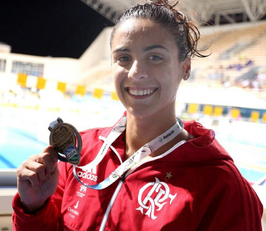 Flamengo nada duas finais A e medalha em ambas, no Maria Lenk