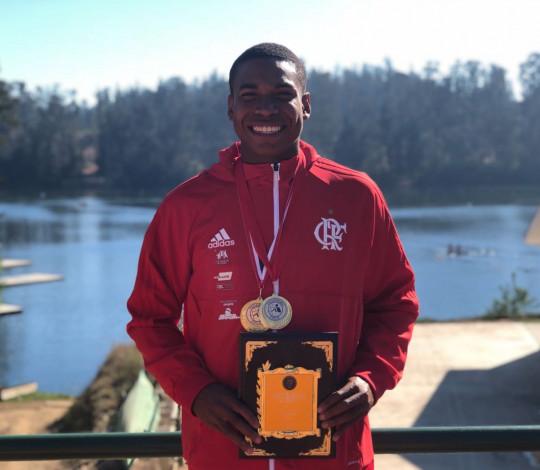 Angel Battons é campeão da Regata de Qualificação para os Jogos Olímpicos da Juventude