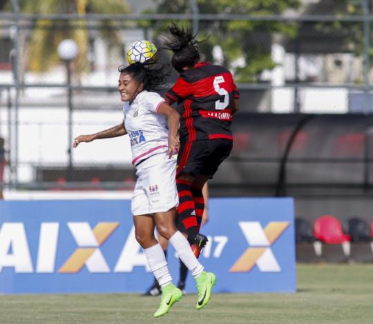 Na Vila Belmiro, Flamengo e Santos se enfrentam na estreia do Brasileiro Feminino
