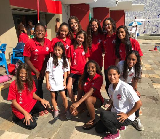 Flamengo é campeão do Torneio de Figuras de Nado Artístico Infantil