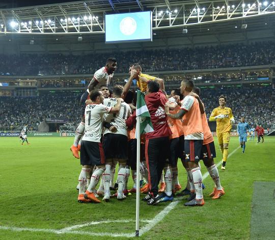Diego Alves e Vinicius Junior analisam empate contra o Palmeiras