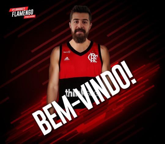 Franco Balbi é o novo armador do FlaBasquete