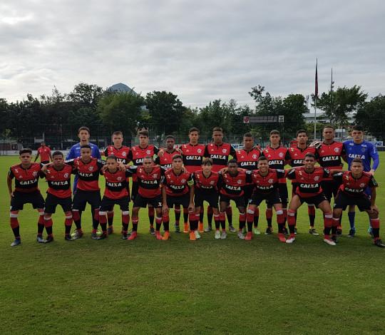 Sub-17 enfrenta a Cabofriense pelo Campeonato Estadual