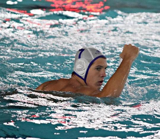 Nicholas Fichman e Mateus Stellet disputam o Pan-Americano Sub-19 de Polo Aquático