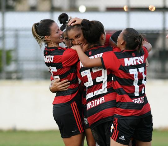 Com gol de Larissa no fim, Flamengo/Marinha bate Audax na Gávea